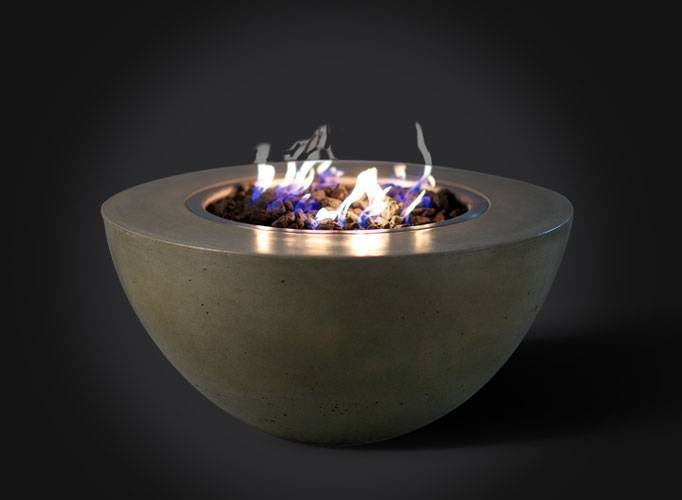 "Slick Rock Concrete 34"" Oasis Fire Bowl - Gray"
