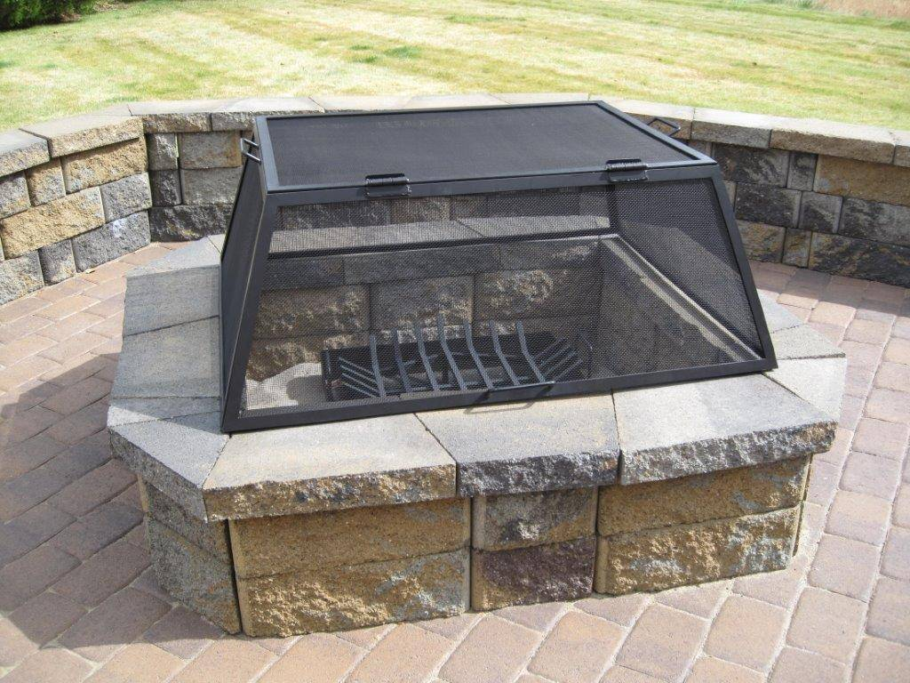 Rectangular steel fire pit screen on fire pit